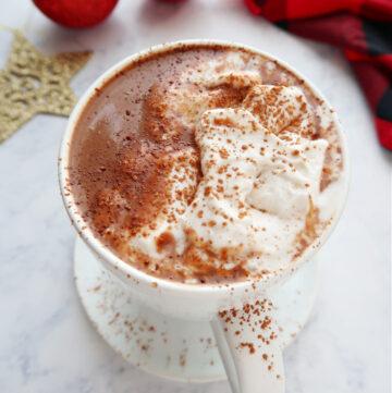 Vegan hot chocolate in a mug.